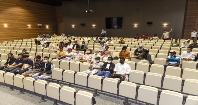 Yabancı uyruklu öğrenciler Kahramankazan'daki 15 Temmuz Müzesini gezdi