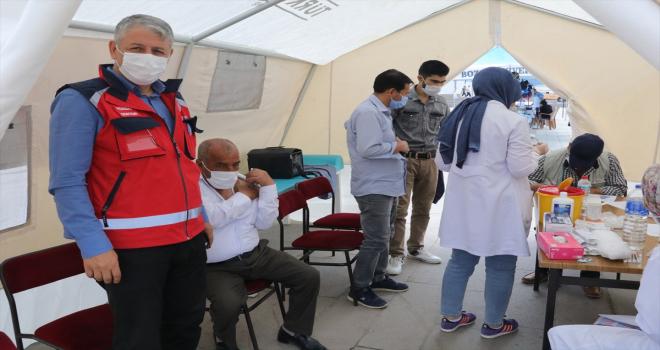 Yozgat'ta 178 bin kişiye ilk doz, yaklaşık 100 bin kişiye de 2. doz Kovid-19 aşısı uygulandı