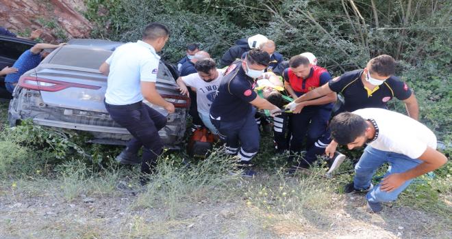 Yozgat'ta otomobil devrildi: 1 ölü, 4 yaralı