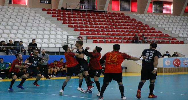 1. Ulusal Yunus Emre Hoşgörü Hentbol Turnuvası sona erdi