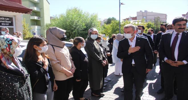 AK Parti Genel Başkan Yardımcısı Kandemir, Zara'da partililerle buluştu