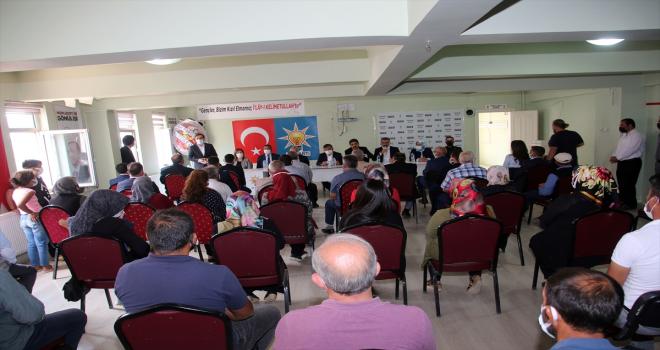 AK Parti Sivas milletvekilleri Yılmaz ve Soluk, Şarkışla ilçesini ziyaret etti