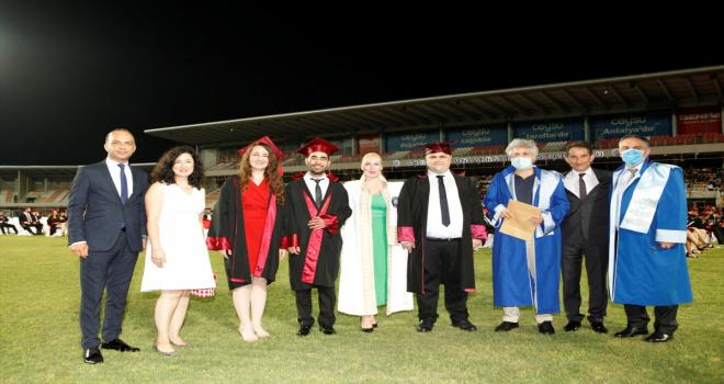 Akdeniz Üniversitesi derece yapan öğrencilerin tercihi oldu