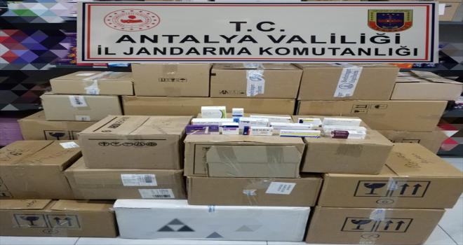 Antalya'da 7 bin 482 adet kaçak ilaç ele geçirildi