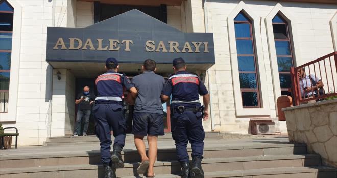 Antalya'da kamu kurumundan hırsızlık yaptığı iddia edilen şüpheli yakalandı