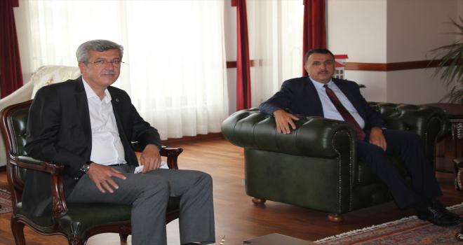 Beypazarı Belediye Başkanı Kaplan, yeni atanan Kaymakam Erdoğan'ı ziyaret etti