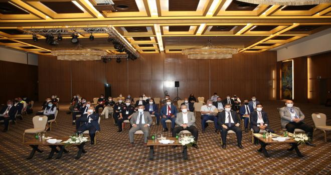 Büyükkılıç, Yerel Yönetim Reformu LAR 3 Projesi kapsamında düzenlenen seminere katıldı