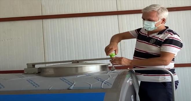 Büyükşehir Belediyesinden Kovanlık Köyüne süt tankı desteği
