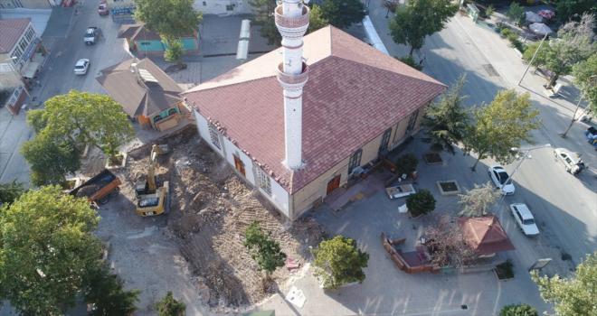 Çumra Ulu Cami'de restorasyon çalışmaları sürüyor