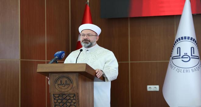 Diyanet İşleri Başkanı Erbaş, 2. Gençlik Çalıştayı'nda konuştu: