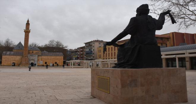 Kırşehir'de 34. Ahilik Haftası kutlamaları yarın Ahi Evran Veli'nin türbesini ziyaretle başlayacak