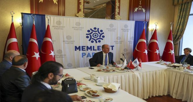 Memleket Partisi Genel Başkanı İnce, gazetecilerle kahvaltıda bir araya geldi: