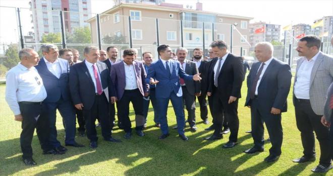 MHP Genel Başkan Yardımcısı İsmail Özdemir, Kayseri'de ziyaretlerde bulundu