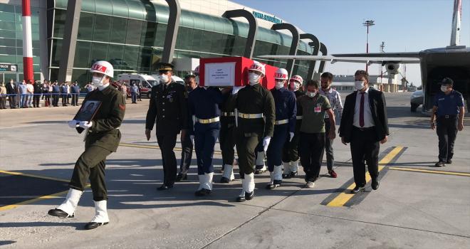 Şehit Piyade Sözleşmeli Er Ömer Faruk Erdem'in cenazesi memleketi Konya'ya getirildi