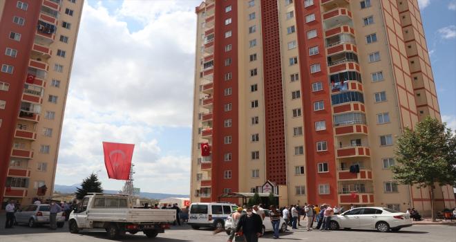 Şehit Piyade Uzman Çavuş Mücahid Sınırtepe'nin Kayseri'deki ailesine acı haber verildi