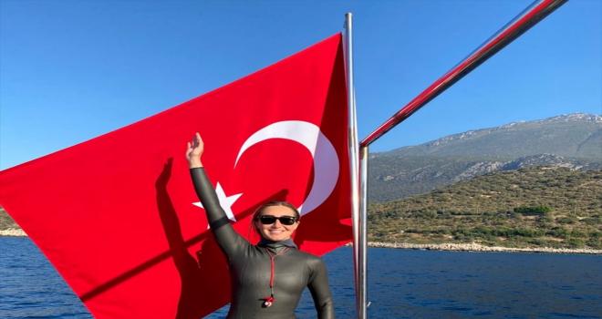 Serbest Dalış Türkiye Şampiyonası Antalya'da başladı