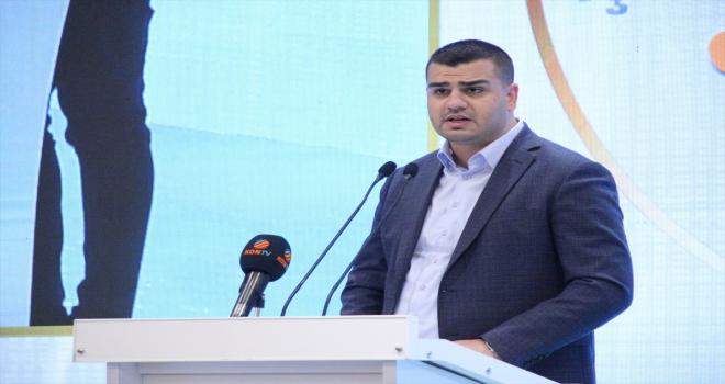 AK Parti Gençlik Kolları Başkanı İnan'dan,