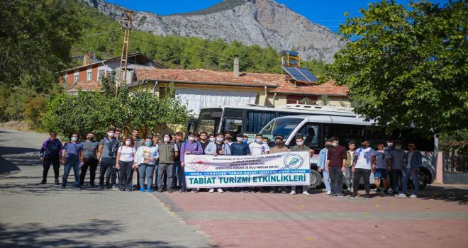 Akseki'de üniversite öğrencilerine yönelik doğa yürüyüşü düzenlendi