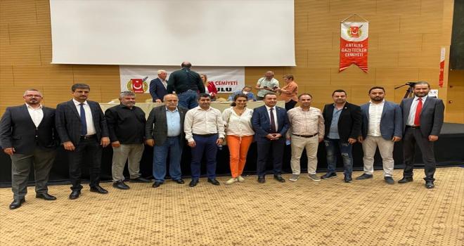 Antalya Gazeteciler Cemiyeti Başkanlığı'na İdris Taş seçildi