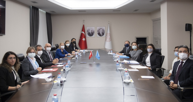 Bakan Özer, UNICEF Avrupa ve Orta Asya Bölge Direktörü Khan'ı kabul etti