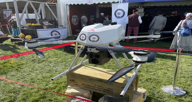 Dünyanın ilk lazer silahlı dronu