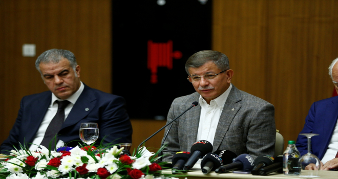 Gelecek Partisi Genel Başkanı Ahmet Davutoğlu, Kayseri'de basın mensuplarıyla buluştu