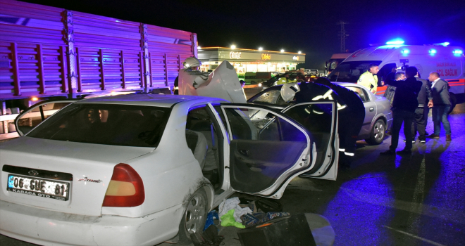 Kırıkkale'de iki otomobilin çarpışması sonucu 4 kişi yaralandı
