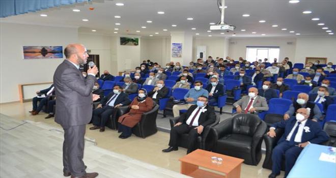 Kırşehir'de Cami ve Din Görevlileri Haftası dolayısıyla konferans düzenlendi