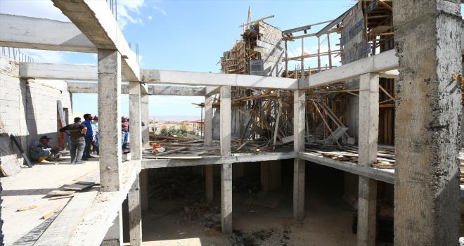 Nevşehir'de cami inşaatındaki göçükte bir işçi yaralandı