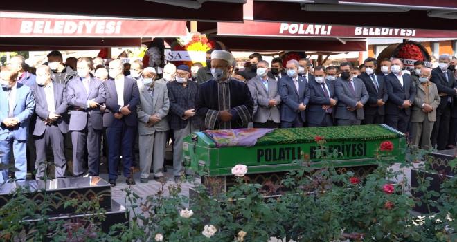 Polatlı Belediye Başkanı Mürsel Yıldızkaya'nın annesi toprağa verildi