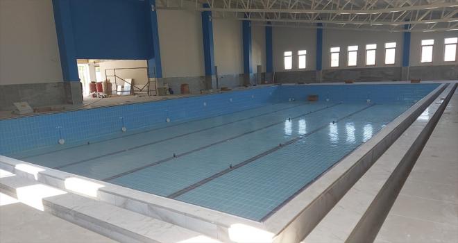 Suşehri ilçesi yarı olimpik yüzme havuzuna kavuşuyor