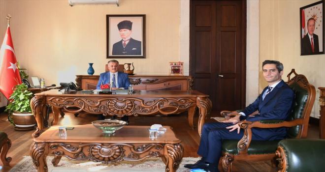 Vali Yazıcı, yeni İl Sağlık Müdürü İsmail Başıbüyük'ü kabul etti