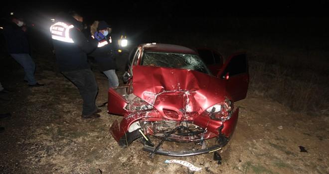 Yolcu otobüsü ile otomobil çarpıştı 1 kişi öldü