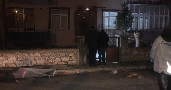 Komşu kavgasında karı-koca silahla vurularak öldü