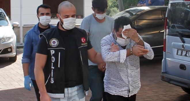 Antalya'da uyuşturucu ticareti yapan 2 zanlı tutuklandı