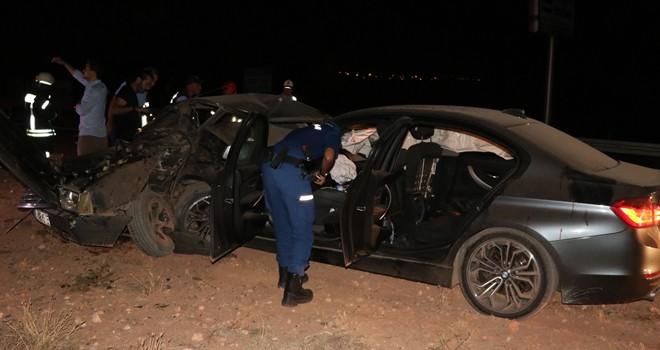 Karaman'da Otomobiller Çarpıştı! 2 Ölü, 4 Yaralı