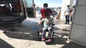 Aksaray'da otomobil ile minibüs çarpıştı: 7 yaralı