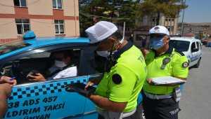 Bünyan'da taksilerde koronavirüs denetimi