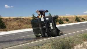 Kırıkkale'de minibüs devrildi: 5 yaralı