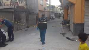 Adana'da silahlı saldırıya uğrayan 2 kişi yaralandı