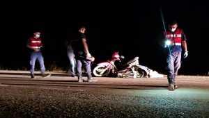 Isparta'da kamyonet ile motosiklet çarpıştı 2 kişi öldü