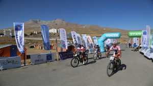 Erciyes Uluslararası Dağ Bisikleti Yarışları devam ediyor