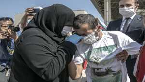 Kahramanmaraş'ta kaybolan ve Suriye'de bulunan serebral palsili genç annesine kavuştu