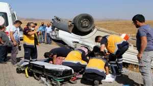 Sivas'ta kamyonet devrildi: 1 ölü, 1 yaralı
