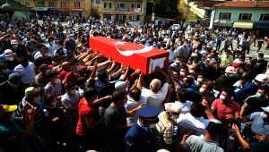 Trafik kazasında hayatını kaybeden Asteğmen Mahmut Dağlı, Konya'da toprağa verildi