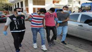 Antalya'da uyuşturucu operasyonunda iki zanlı tutuklandı