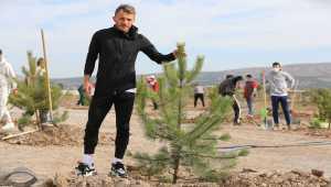 Demir Grup Sivasspor'dan 'Geleceğe Nefes Ol' kampanyasına destek