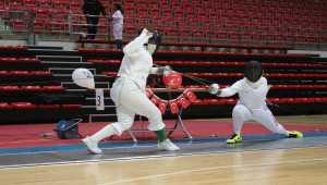 Eskrimde 10-12-14 Yaş Altı Epe Açık Turnuvası, Konya'da devam ediyor