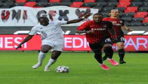 Gaziantep FK-İttifak Holding Konyaspor Maçı