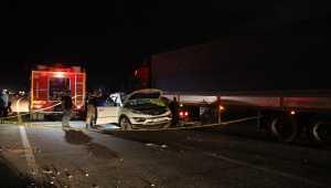 Hatay'da tır ile otomobil çarpıştı: 3 ölü, 2 yaralı